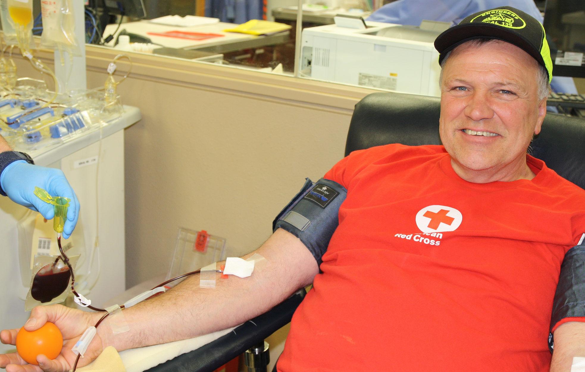 Brad Morter donating blood